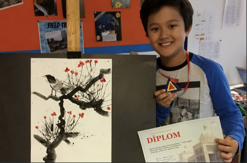 Primary Visual Arts Students receive awards
